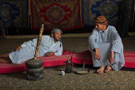 Изображение Фотография двух бедуинов