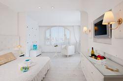 מלון לאונרדו נגב - חדר שינה - Leonardo Negev Hotel - Bedroom