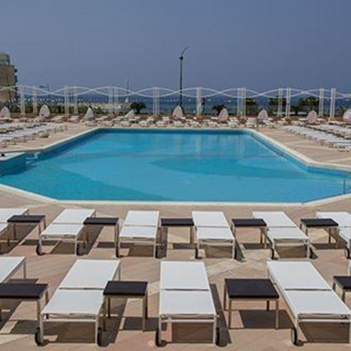 מלון לאונרדו אשקלון - בריכה - Leonardo Ashkelon Hotel - Pool