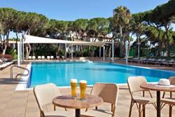 בריכת מלון דן כרמל - Dan Carmel hotel pool