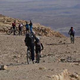 מסלול אופניים במצפה רמון ומכתש כליף - Bike route in Mitzpeh Ramon and the Kalif crater