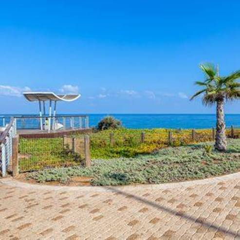 Ashkelon- אשקלון