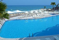 בריכת מלון דניאל - Hotel Pool Daniel