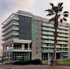 מלון ווסט בוטיק אשדוד מבט מבחוץ - West Boutique Ashdod Hotel outside view