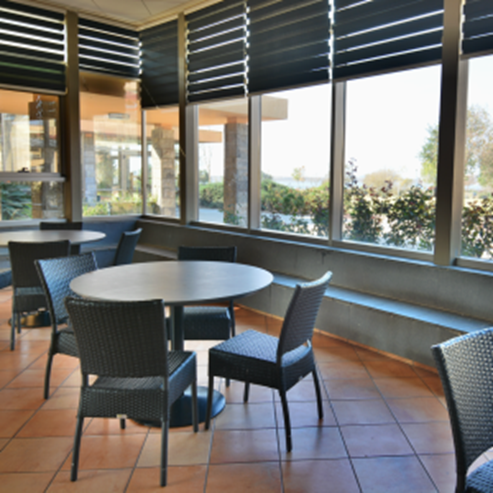 אכסניה - מדרשת הגולן - פינת ישיבה - Hostel - Midreshet Hagolan - sitting area