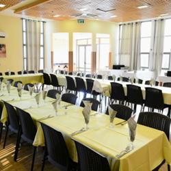 אכסניה - מדרשת הגולן - חדר אוכל - Hostel - Midreshet Hagolan - dining room