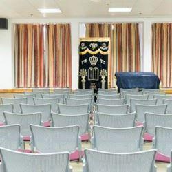 """אכסניית אנ""""א כרי דשא - כנרת - בית כנסת - ANA Hostel Karei Deshe - Kineret - Synagogue"""