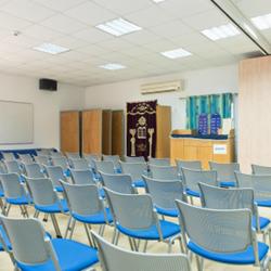"""אכסניית אנ""""א מעיין חרוד - בית כנסת - ANA Hostel Maayan Harod - Synagogue"""