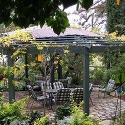 ארץ הגליל - חצר - Eretz HaGalil - Courtyard