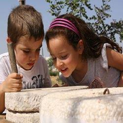 ילדים בשבועות - Children on Shavuot