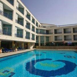 בריכת מלון סי הוטל - Hotel Pool Sea Hotel