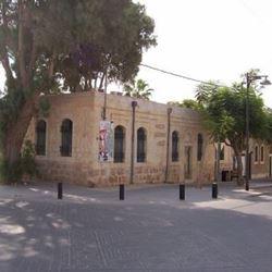 מבנה עתיק - Old Building