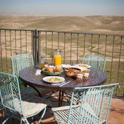 צימר קורא במדבר - ארוחת בוקר - Kore BaMidbar Zimmer - Breakfast