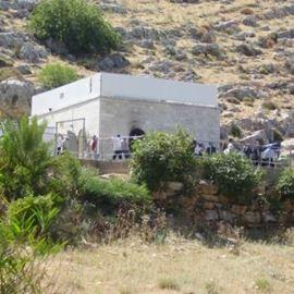 קבר יונתן בן עוזיאל בעמוקה - The tomb of Yonatan Ben Uziel in Amuka