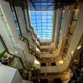 מלון אמליס - לובי - Emily's Hotel - Lobby