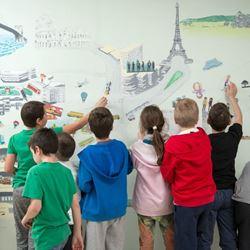 ילדים מציירים - Children drawing