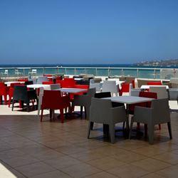 מרפסת מלון חוף עכו - Balcony Acre Beach Hotel