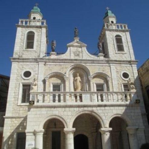 הכנסייה חוץ - Church - Outside