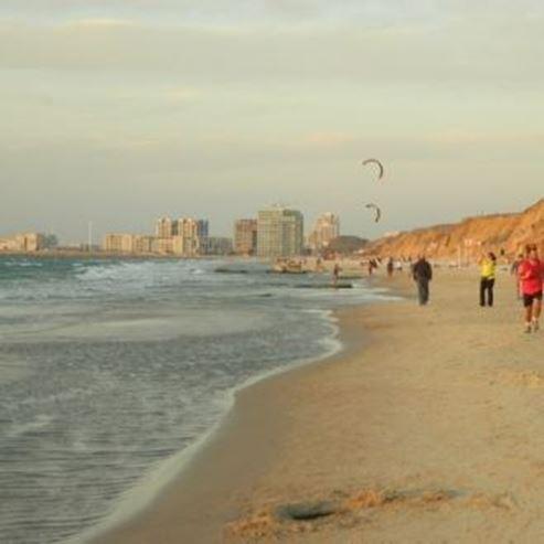חוף הצוק - HaTzuk Beach
