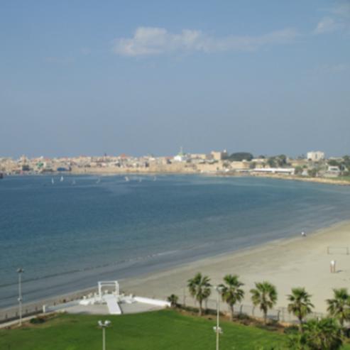 חוף התמרים עכו - HaTmarim Akko Beach