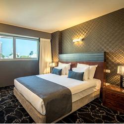 מלון רימונים טאואר - חדר שינה - Rimonim Tower Hotel - Bedroom