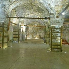 מנהרות הכותל - Western Wall Tunnels