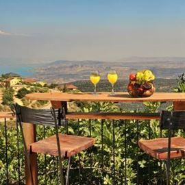 הבית של שירי - הנוף מהמרפסת - HaBait Shel Shiri - Balcony View