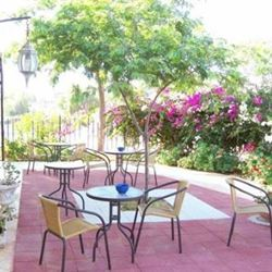 וילה 1000 - חצר - Villa 1000 - Courtyard