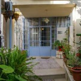 בית אלכסנדרה - חזית האכסנייה - Alexandra House - Hostel front