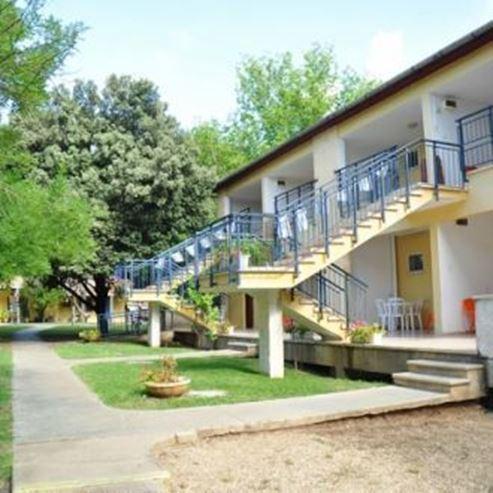 בית הארחה קיבוץ שמרת - מבט מבחוץ - Kibbutz Shomrat Guest House - Outside view