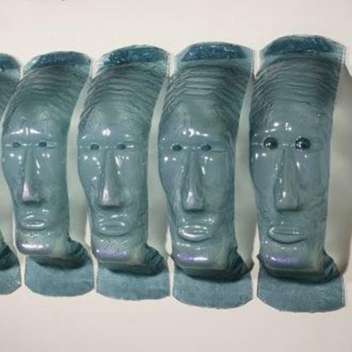 פסלים במוזיאון - Sculptures in the Museum