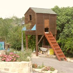 בית מעץ בחצר הצימר - Wooden house in the yard of the Zimmer