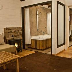 מקלחת הצימר - Zimmer's shower