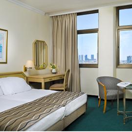 חדר שינה - מלון דבורה - Bedroom - Dvora Hotel