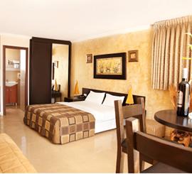 פנטהאוז במלון גולדן ביץ' - Penthouse at Golden Beach Hotel