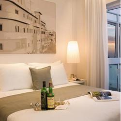 מלון גורדון - חדר שינה - Gordon Hotel - Bedroom