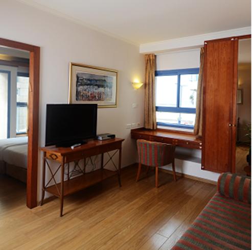 חדר במלון אברטל סוויטס - Hotel Room Abratel Suites