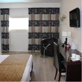 מלון רסטל - חדר שינה - Restal Hotel - Bedroom