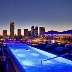 מלון אינדיגו - בריכה - Indigo Hotel - Pool