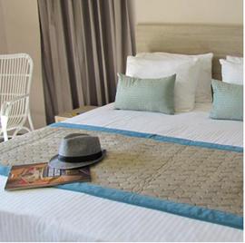 מלון טירת ירושלים - חדר שינה - Jerusalem Castle Hotel - Bedroom