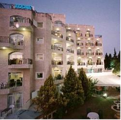 חזית מלון אדאר - Front of Adar Hotel