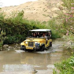 ג'יפ בנחל סמך - Jeep in Nahal Samah