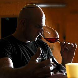 אדם עם כוס יין - A man with a glass of wine