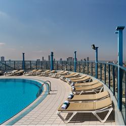 בריכת מלון ישרוטל טאוור - Hotel Pool Isrotel Tower