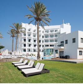 מלון סי לייף - חצר המלון - Sea Life Hotel - Hotel's courtyard