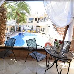 מלון הים האדום - מרפסת - Red Sea Hotel - Balcony