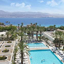 בריכת מלון ישרוטל ים סוף בשעות היום - Hotel Pool Yam Suf Day hours