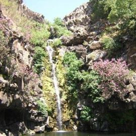 מפל בשמורת הטבע - Waterfall in the nature reserve