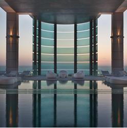 בריכת מלון רויאל ביץ' תל אביב - Hotel Pool Royal Beach Tel Aviv