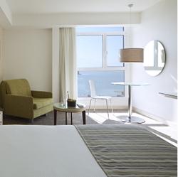 חדר השינה - מלון ישרוטל גנים - Bedroom - Isrotel Ganim Hotel